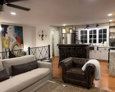 NEW LISTING! Five-Star Historic Boyd Harvey Carriage House - Knoxville