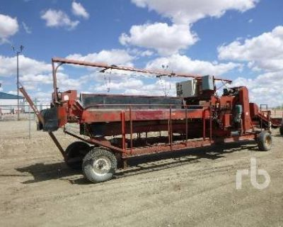 1990 SPUDNICK 34 FT GRADER TABLE Harvesting Equipment