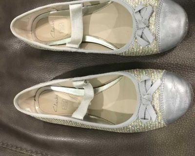 Silver Sequin Clarks size 13.5
