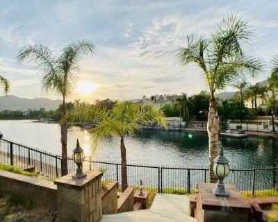 Lake View Getaway, Relaxing Backyard, King Beds - Moreno Valley