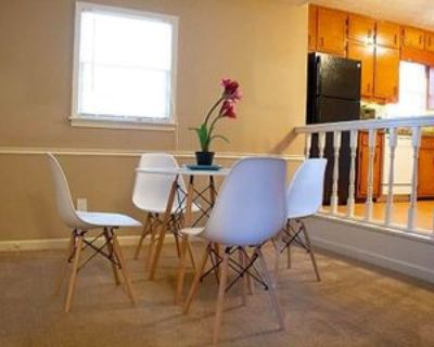 Room for Rent - near Stone Mountain Square, Snellville, GA 30039 1 Bedroom House