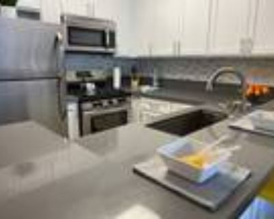 C3 - Townhome Style - 2 Bed/2 Bath