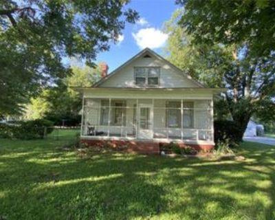 807 S Church St, Smithfield, VA 23430 5 Bedroom House