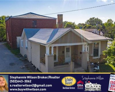 Nice DUPLEX in a great location FOR SALE!