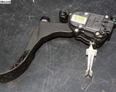95 - 05 Gas Pedal Accelerator Module