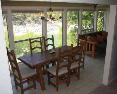 Waterfront Hatter Cove Cottage with Private Boat Dock - North Shore Colony