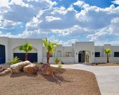 Bullhead home with a view, pool & heated spa! - Sunridge Estates
