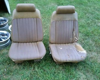 GM A Body Bucket Seats Chevelle GTO 442 Skylark CUTLASS 69 72 LEMANS 455 400 428