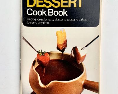 1970 Pillsbury's Dessert Recipes Cookbook