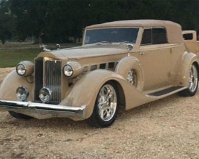 1935 Packard Antique