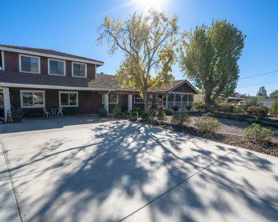 Rustic Ranch Style Home, AGUA DULCE, CA