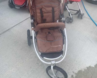 Good used condition bumble ride stroller