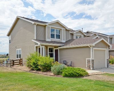 Beautiful Town Home on open space- Immaculate - Erie