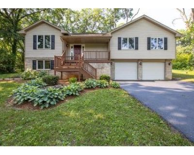 3 Bed 2 Bath Foreclosure Property in Roscoe, IL 61073 - Round Table Ln
