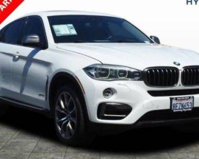 2015 BMW X6 50i