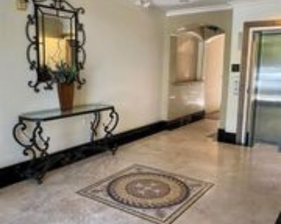 10618 Woodbridge St #202, Los Angeles, CA 91602 2 Bedroom Condo