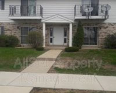 7630 W Dean Rd #7, Milwaukee, WI 53223 2 Bedroom Condo