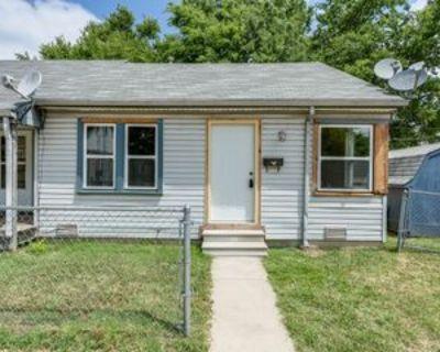 1808 North Market Street #4, Wichita, KS 67214 1 Bedroom Apartment