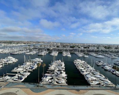 Sail Away - Stunning Marina and Ocean Views Condo - Marina del Rey