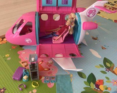 Barbie Dreamplane play set