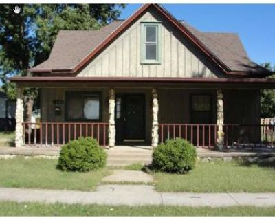 4 Bed 1.5 Bath Foreclosure Property in Ellinwood, KS 67526 - E 1st St