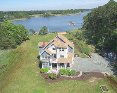 Waterfront Gourmet Home - Kent County