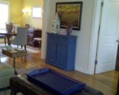 210 Emanuel Cleaver Ii Blvd #3E, Kansas City, MO 64112 1 Bedroom Condo