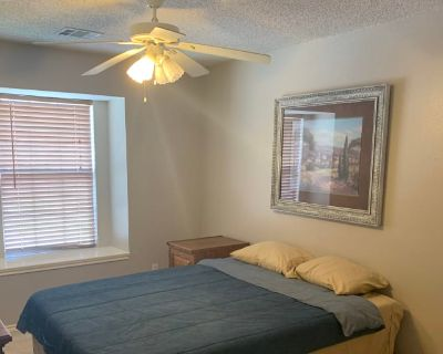 Private room with shared bathroom - Lewisville , TX 75077