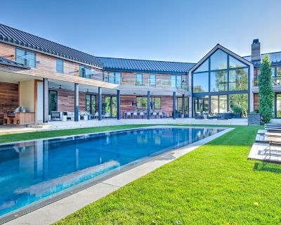 New Listing: 12,000 sq ft of Luxury, Modern Design, Full Gym, Indoor and... - Water Mill