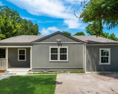 1001 Clarence St E, Fort Worth, TX 76117
