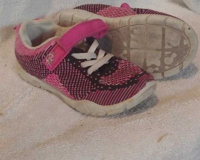 Size 10 Carterrs sneakers