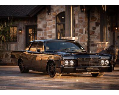 1969 Lincoln 4-Dr Sedan