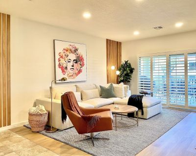 COME AND ENJOY OUR PERFECTLY LOCATED 2 BDRM VILLA - Palm Desert