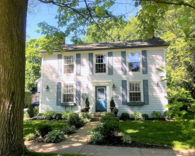 NEW! The Butler House Vacation Home - English Country charm in the heart of Historic Old Town - Old Town Historic District