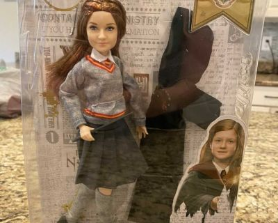 Harry Potter Ginny Weasley doll NEW IN BOX!