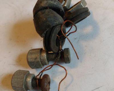 Wiper shaft hardware