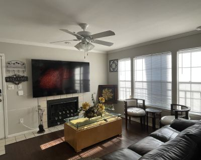 Luxurious 2 bedroom suite - North Druid Hills