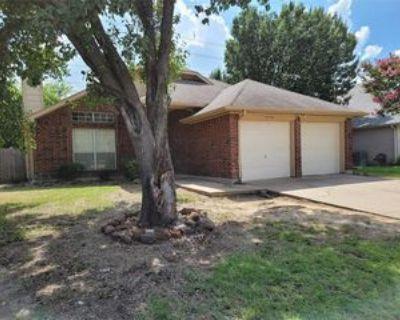 6036 Maple Leaf Dr, Arlington, TX 76017 4 Bedroom House