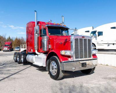 2015 PETERBILT 389 Sleeper Trucks Truck