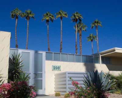 Mid Century Modern Home - Seven Lakes Country Club Home w/ Piano - Palm Springs