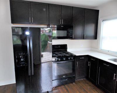 5 Year Old Mocha Shaker Kitchen W/Newer Appliances & Granite Counters