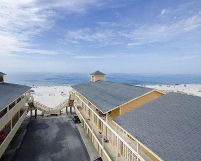 Cute Gulf Shores BEACHFRONT Condo-OFF SEASON Rates! - Gulf Shores