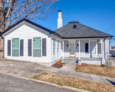 Lenoir City Cottage (Just Minutes from the Lake) - Lenoir City