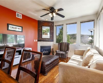 2-bedroom condo for 4, including full kitchen, W/D, pool and hot tub access - Gorgosa