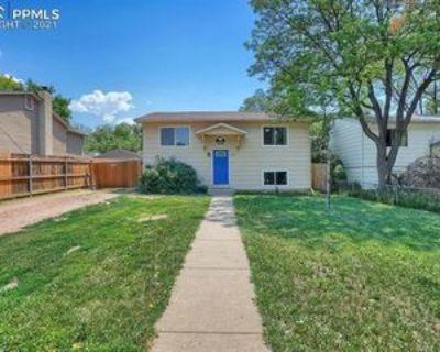 927 N 18th St, Colorado Springs, CO 80904 4 Bedroom House