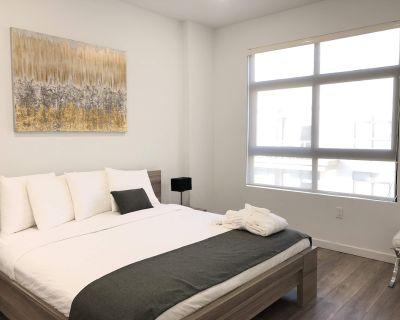 Modern 2 Bedroom Apartment in Glendale - Downtown Glendale