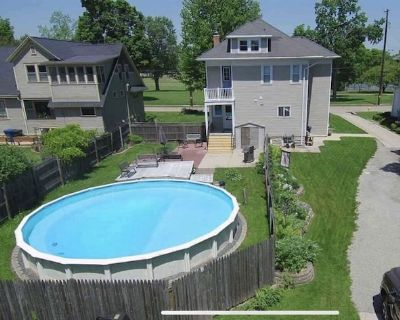 Spacious home with extras for your Air Venture week! - Oshkosh