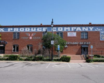 Old Town Office Space For Lease