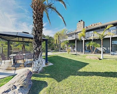 New Listing! Secluded 8-Acre Malibu Home w/ Incredible Views - Ventura County