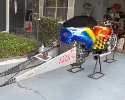 Top Gas Suzuki 1500 cc Drag Bike
